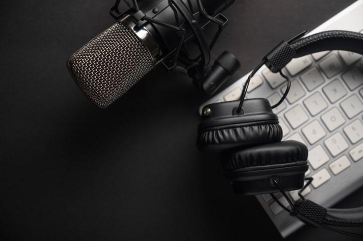 Seminário online discute desafios e perspectivas de podcasts
