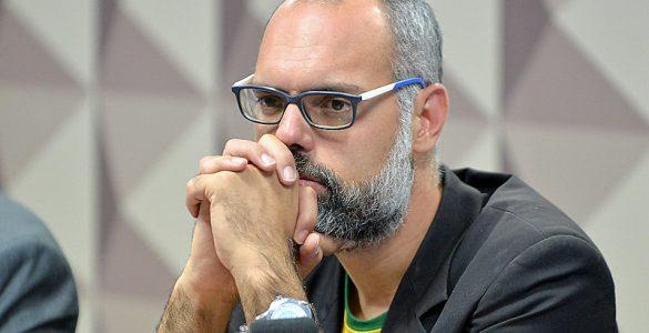 allan dos santos - agência senado - folha de s. paulo