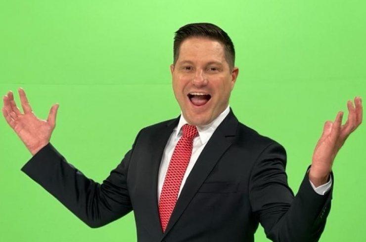 Record TV contrata apresentador de afiliada do SBT e tira Bruno Peruka do ar